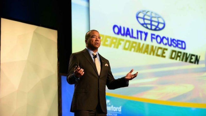 Larry Thomas, global president of Crawford Specialty Solutions and Contractor Connection, presents at the 2018 Contractor Connection Conference & Expo