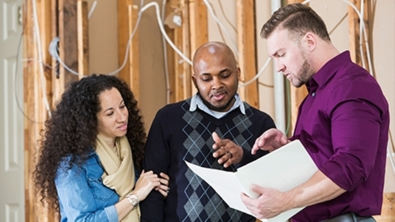 Global digital assist contractor services content