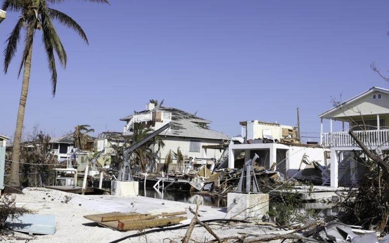 Hurricane Irma winds topple Florida coast homes
